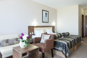Легло в двойна стая Hotel Regatta Palace