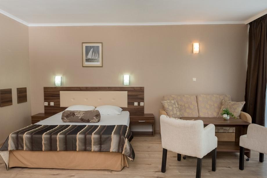 Студио Hotel Regatta Palace